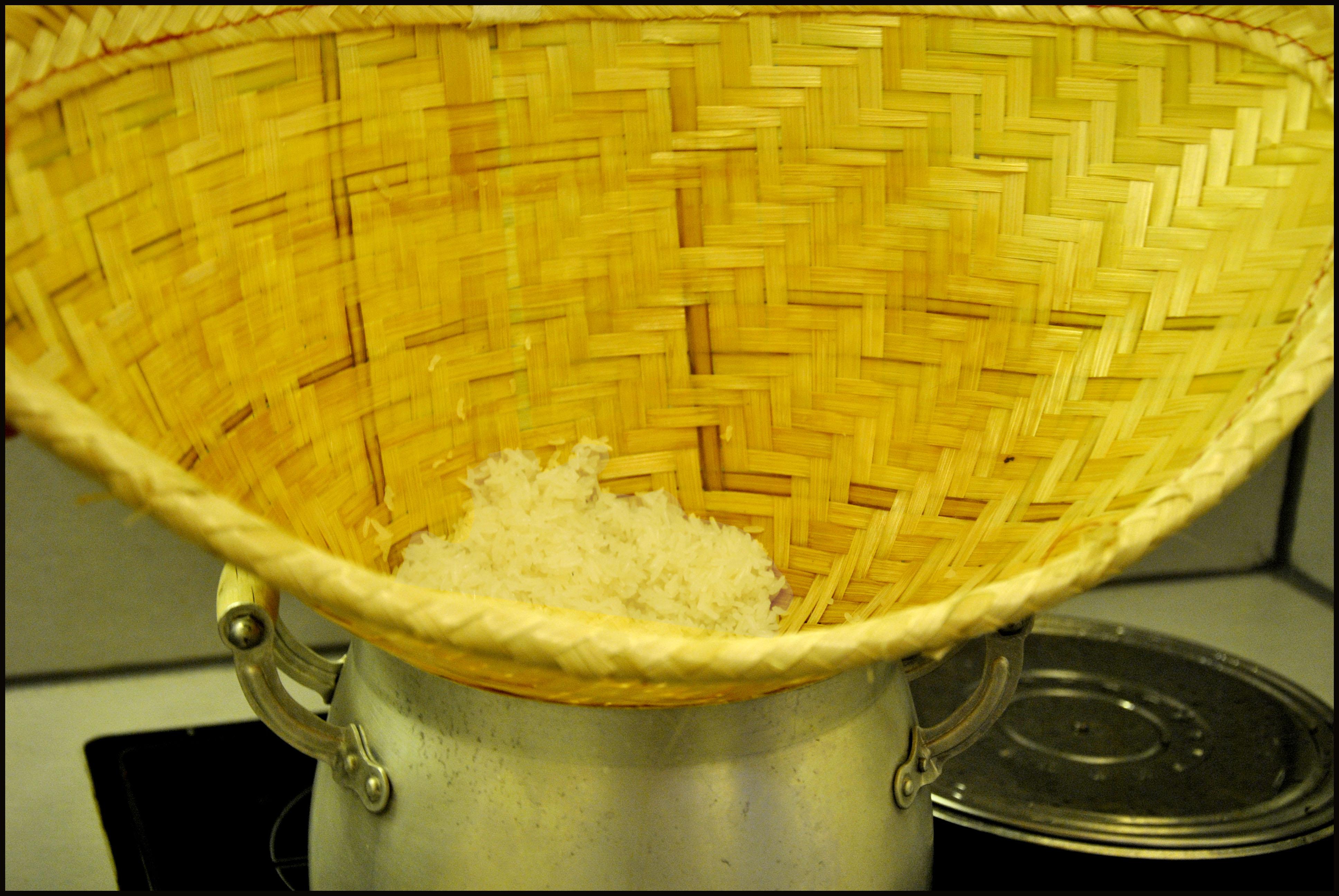 Riz gluant sticky rice un livre un th et des petits - Riz au cuit vapeur ...