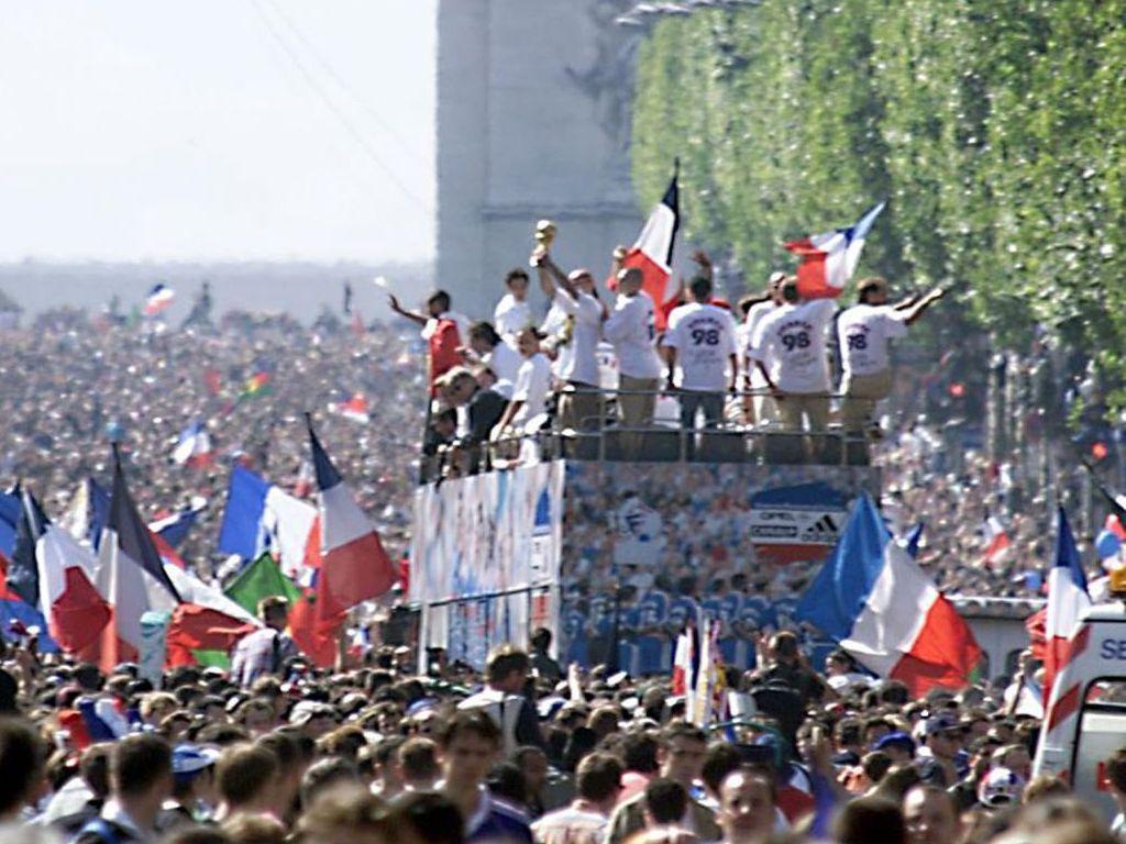 Une autre coupe du monde un livre un th et des petits g teaux - Coupe du monde foot 1998 ...